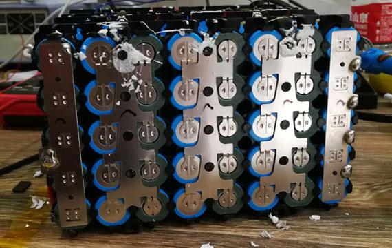 锂电池组装